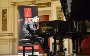 Babak Nourbakhsh, Klavierabend